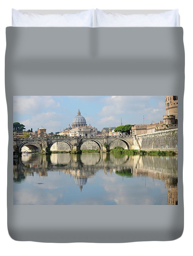 Arch Duvet Cover featuring the photograph Rome by Madzia71