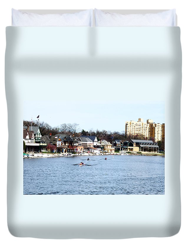Rowing Duvet Cover featuring the photograph Rowing At Boathouse Row by Bill Cannon