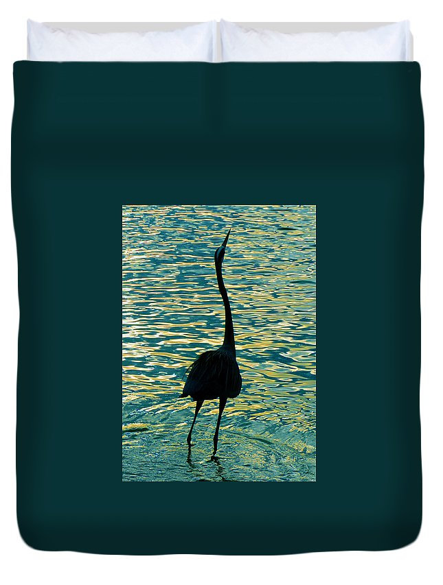 Great Blue Heron Duvet Cover featuring the photograph I Didnt Know Fish Could Fly by David Lee Thompson