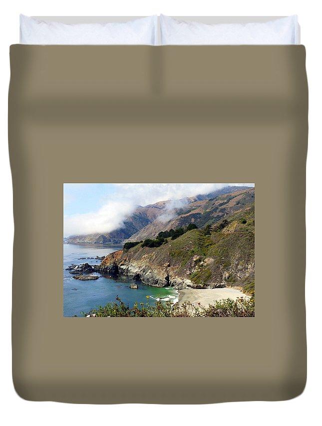 Coastal California Duvet Cover featuring the photograph Rugged California Seashore by Jeff Lowe