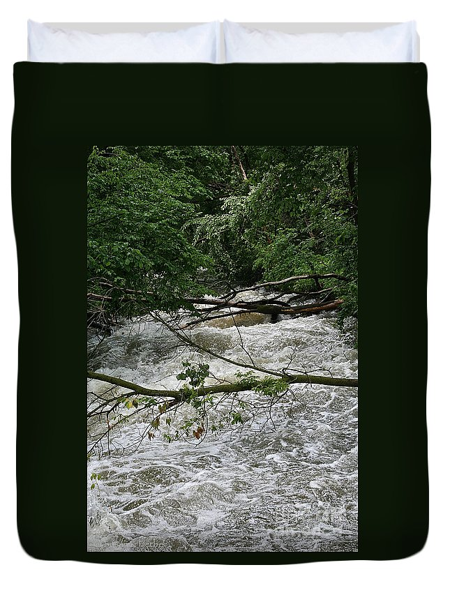Outdoors Duvet Cover featuring the photograph Rushing Creek by Susan Herber