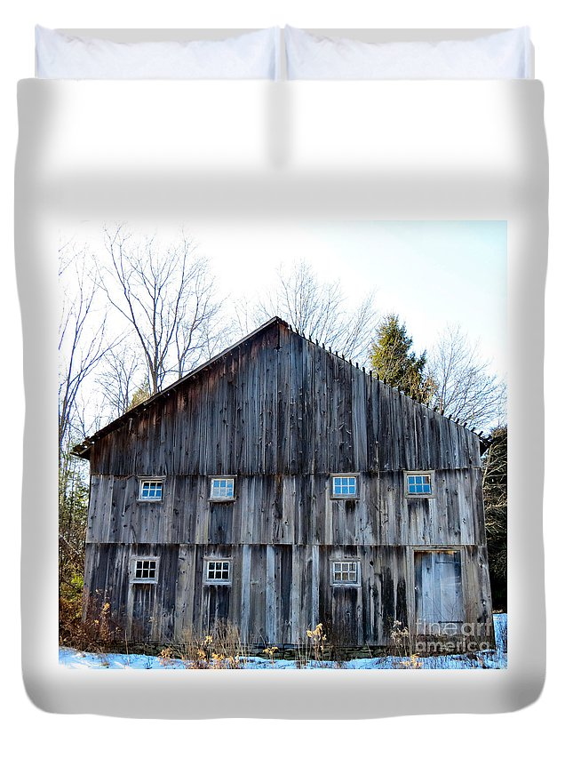 Barn Duvet Cover featuring the photograph Rustic Places by Art Dingo