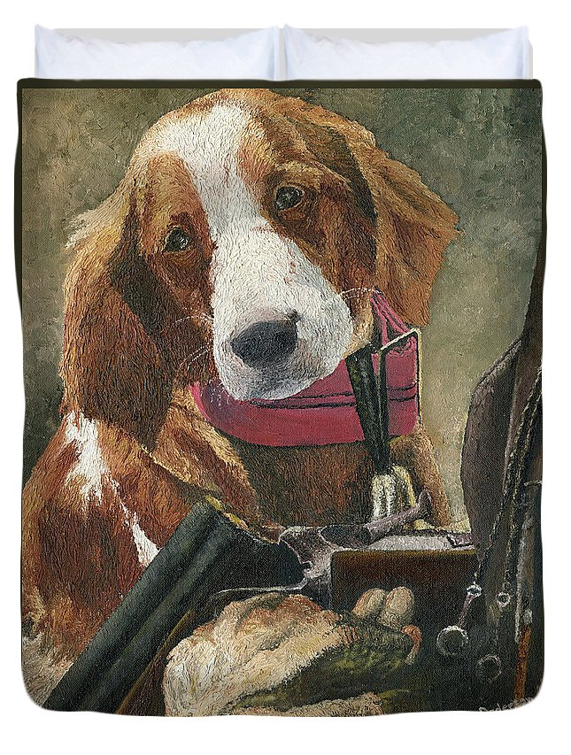 Animal Duvet Cover featuring the painting Rusty - A Hunting Dog by Mary Ellen Anderson