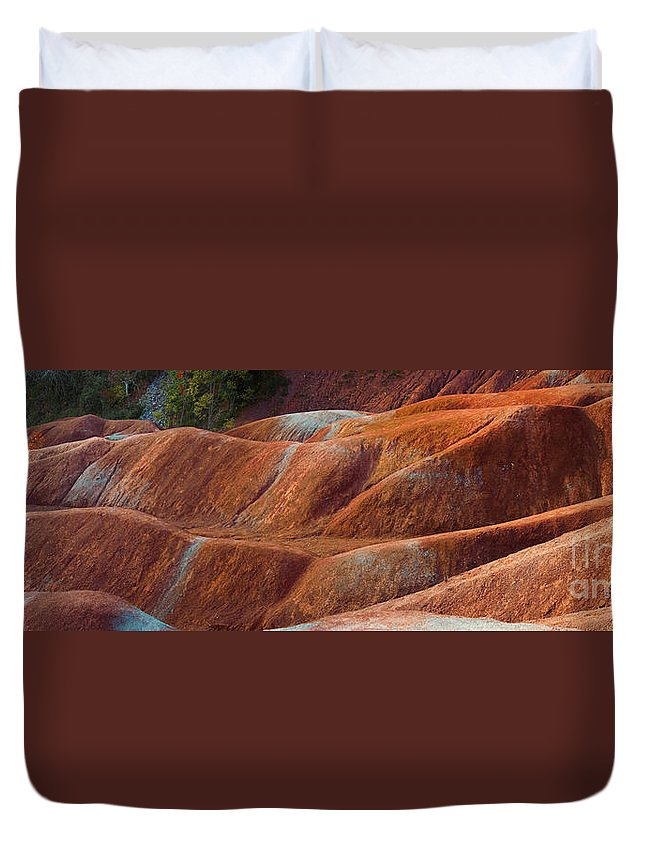 Badlands Duvet Cover featuring the photograph Rusty Land by Barbara McMahon