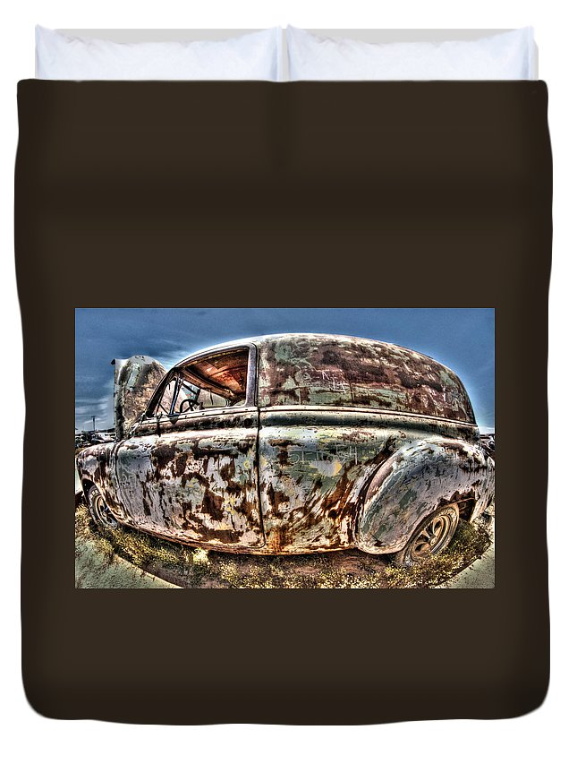 Rust Duvet Cover featuring the photograph Rusty Old American Dreams - 4 by Mark Valentine