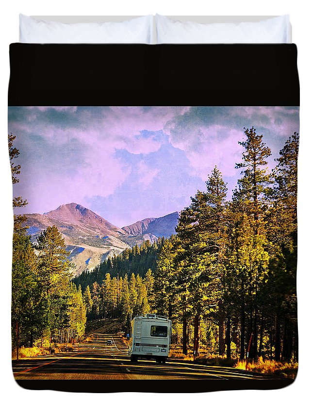 Travel Duvet Cover featuring the photograph Rv And See America by Lynn Bauer