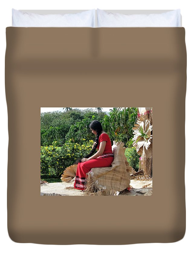 People Duvet Cover featuring the photograph Samoa's Beauty by Jola Martysz