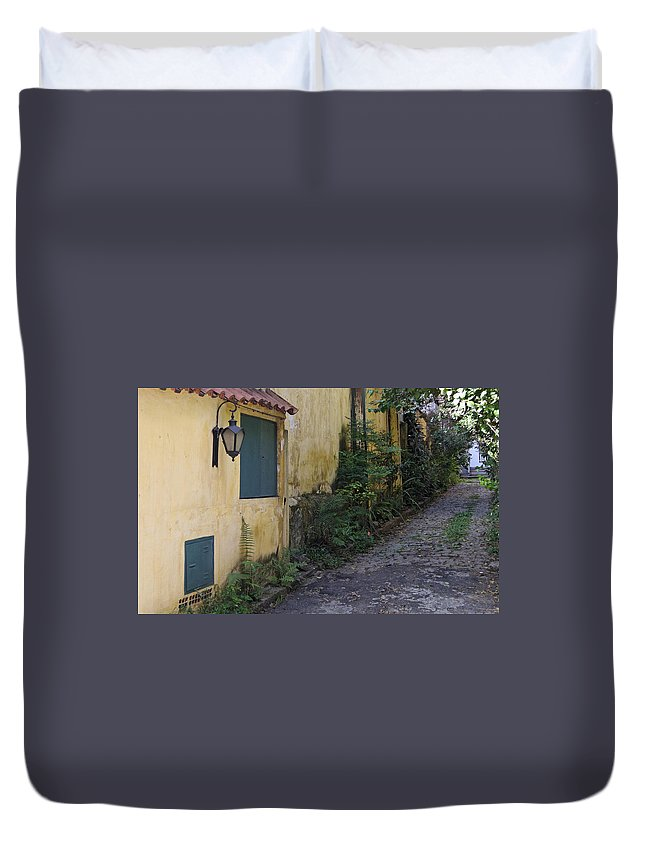 Architecture Duvet Cover featuring the photograph Sao Paulo Driveway by Julie Niemela