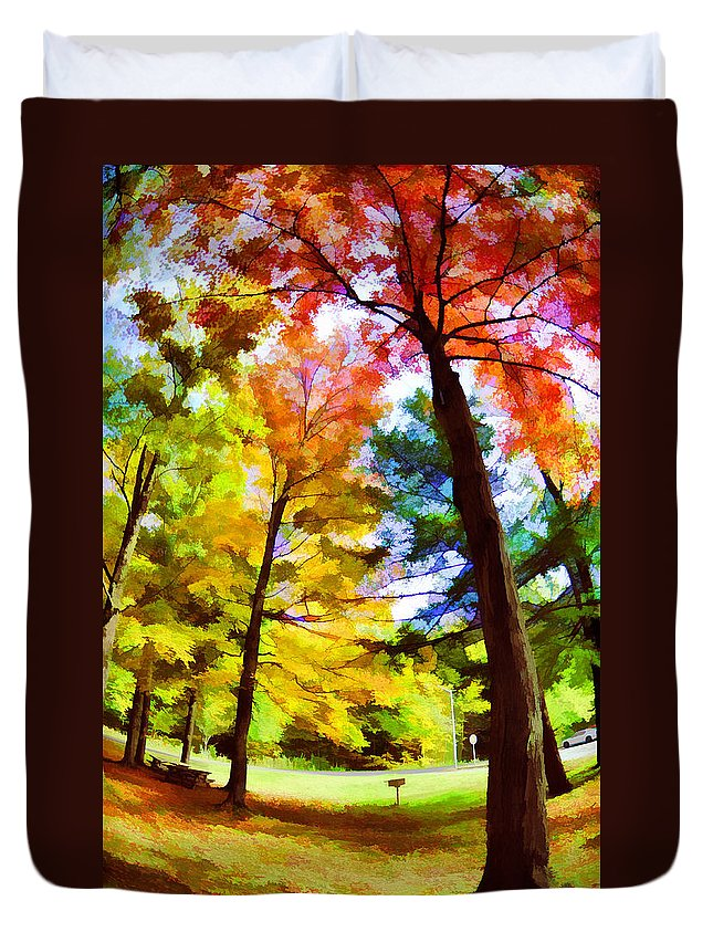 Tree Duvet Cover featuring the photograph Saratoga Tree by Tina Baxter