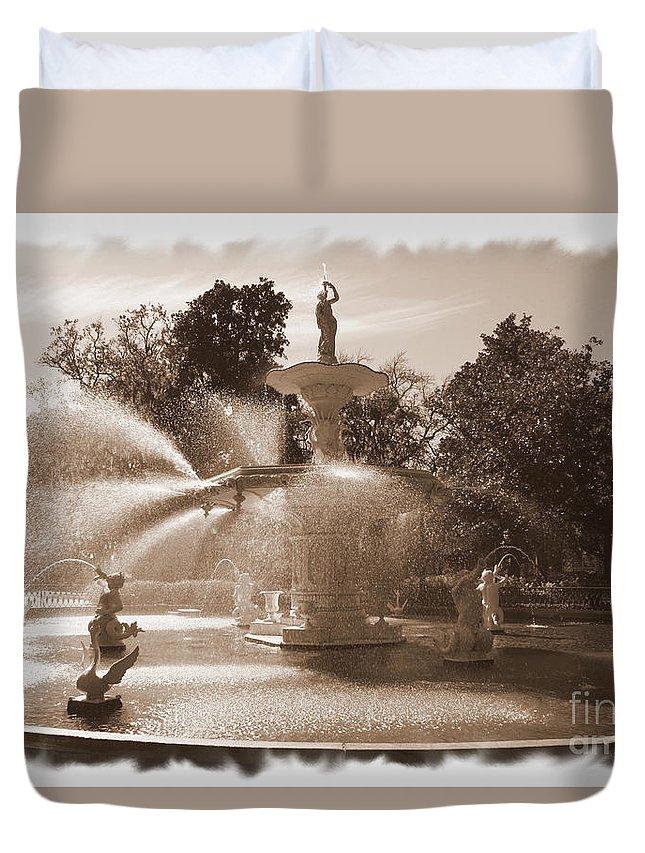 Savannah Fountain Duvet Cover featuring the photograph Savannah Fountain In Sepia by Carol Groenen
