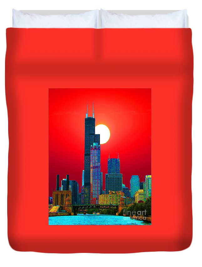 Chicago Duvet Cover featuring the photograph Sears Tower Willis Tower Chicago by Ron Tackett