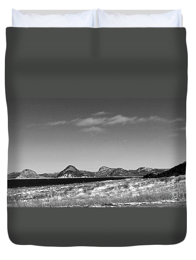 Barbara Griffin Duvet Cover featuring the photograph Seascape - Panorama - Black And White by Barbara Griffin
