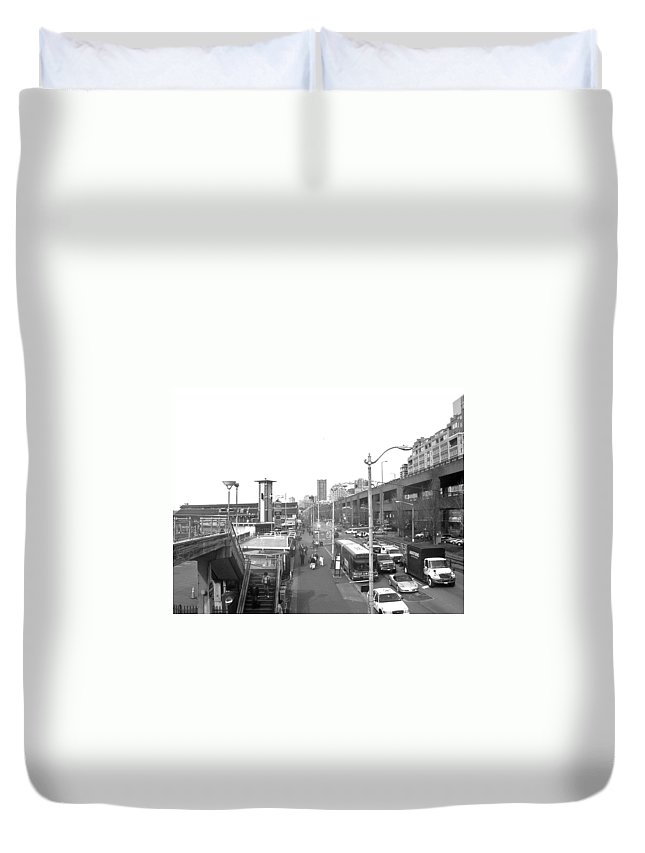 Seattle Duvet Cover featuring the photograph Seattle Waterfront B W by Howard Tenke