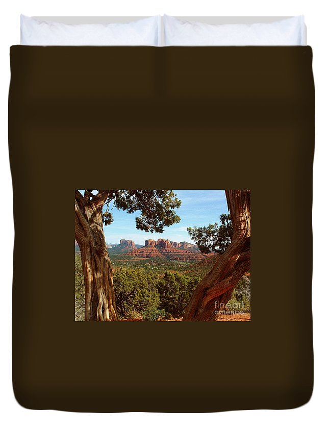 Sedona Duvet Cover featuring the photograph Sedona Vista by Marilyn Smith