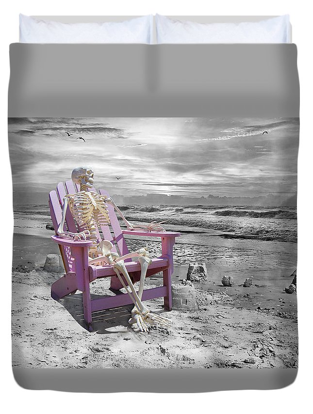 Beach Duvet Cover featuring the photograph Selective by Betsy Knapp