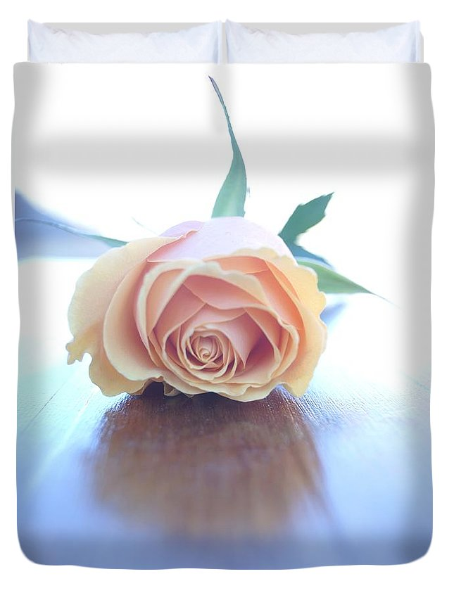 Roses Duvet Cover featuring the photograph Serenity by Kerri Mortenson
