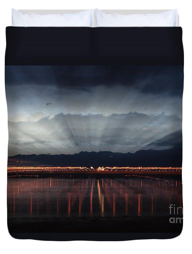Severn Bridge Duvet Cover featuring the photograph Severn Bridge by Brian Roscorla
