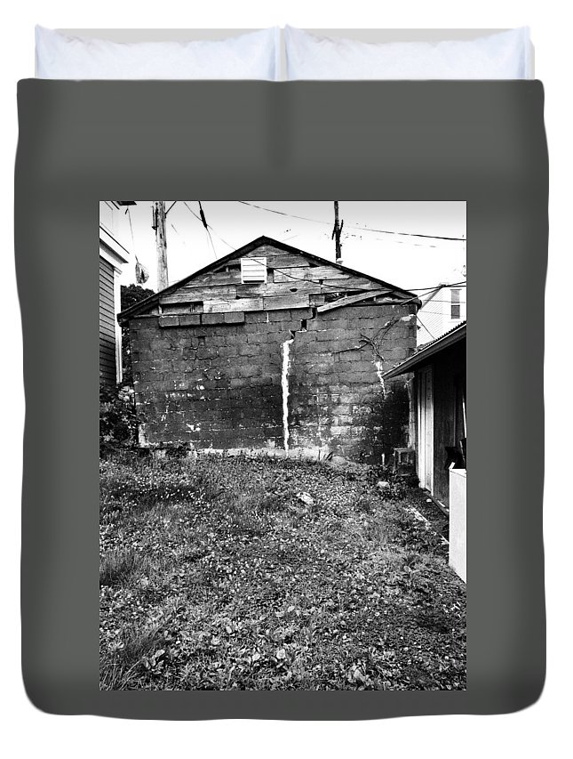 History Duvet Cover featuring the photograph Shack by H James Hoff
