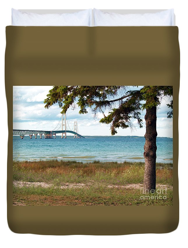 Water Duvet Cover featuring the photograph Shade Over The Mac by Melissa McDole
