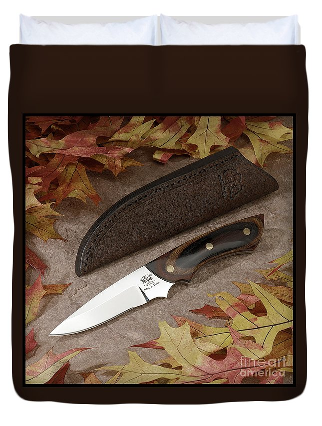 Knife Duvet Cover featuring the photograph Shady Oak Knife-faa by Gary Gingrich Galleries