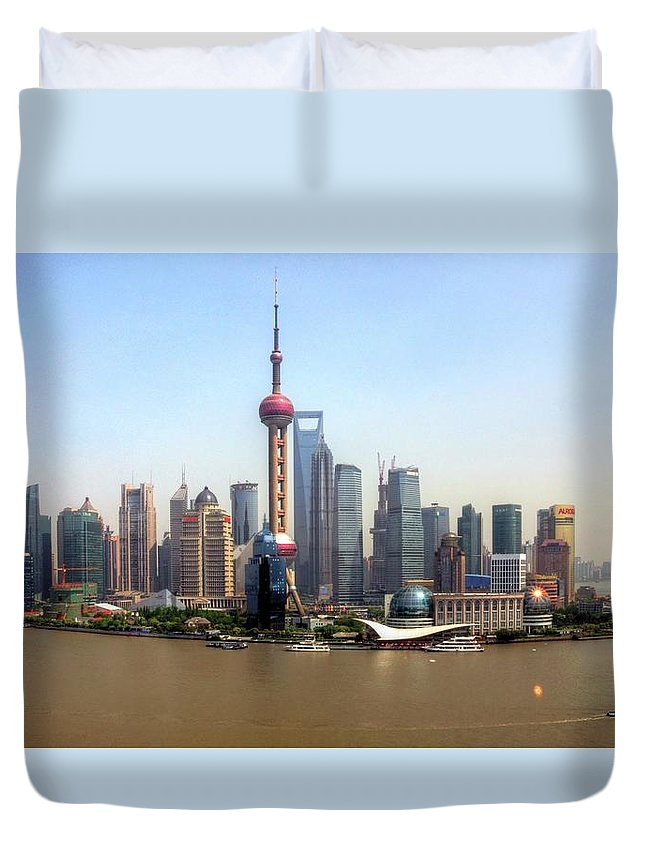 Outdoors Duvet Cover featuring the photograph Shanghai Skyline by Mariusz Kluzniak