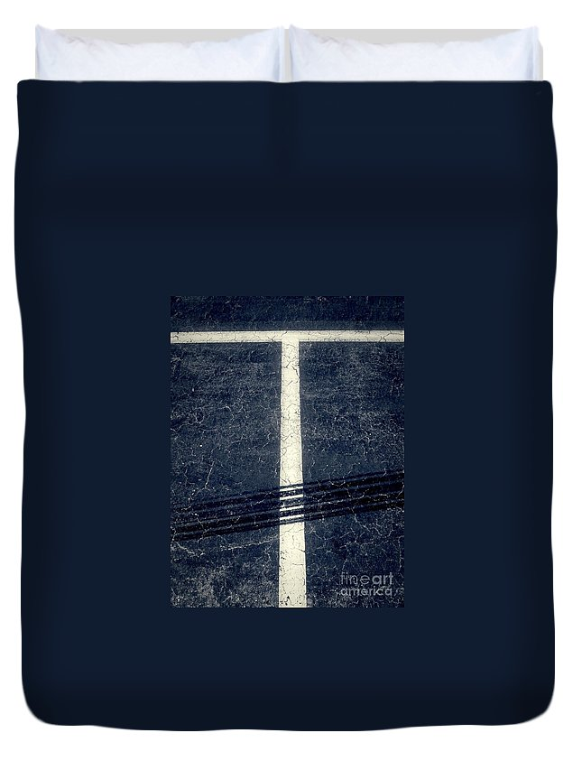 Abstract Duvet Cover featuring the photograph Shape No.35 Gray Scale by Fei A