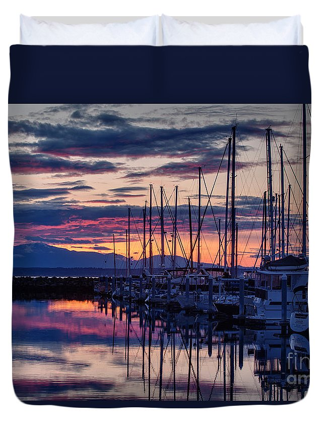 Shilshole Duvet Cover featuring the photograph Shilshole Olympic Mountains Sunset by Mike Reid