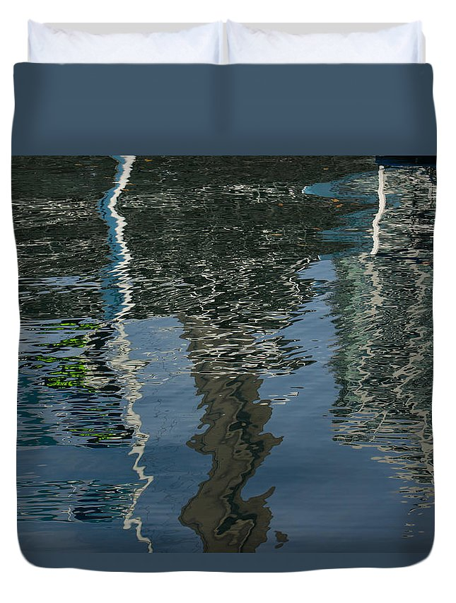 Abstract Duvet Cover featuring the photograph Shimmers Ripples And Luminosity by Georgia Mizuleva