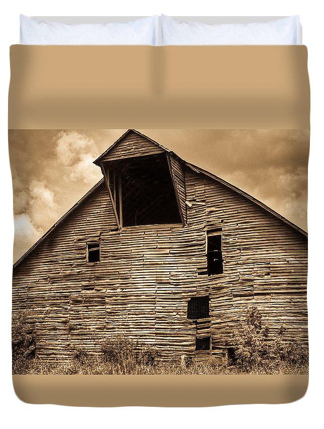 Barn Duvet Cover featuring the photograph Shingle Barn Sepia 1 by Douglas Barnett