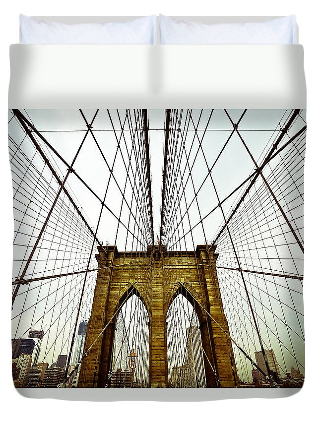 Brooklyn Bridge New York City Skyline Wires Manhattan Big Apple Taaffe Urban Bronx Queens Old Brick Times Square Duvet Cover featuring the photograph Shooting Star by Jimmy Taaffe