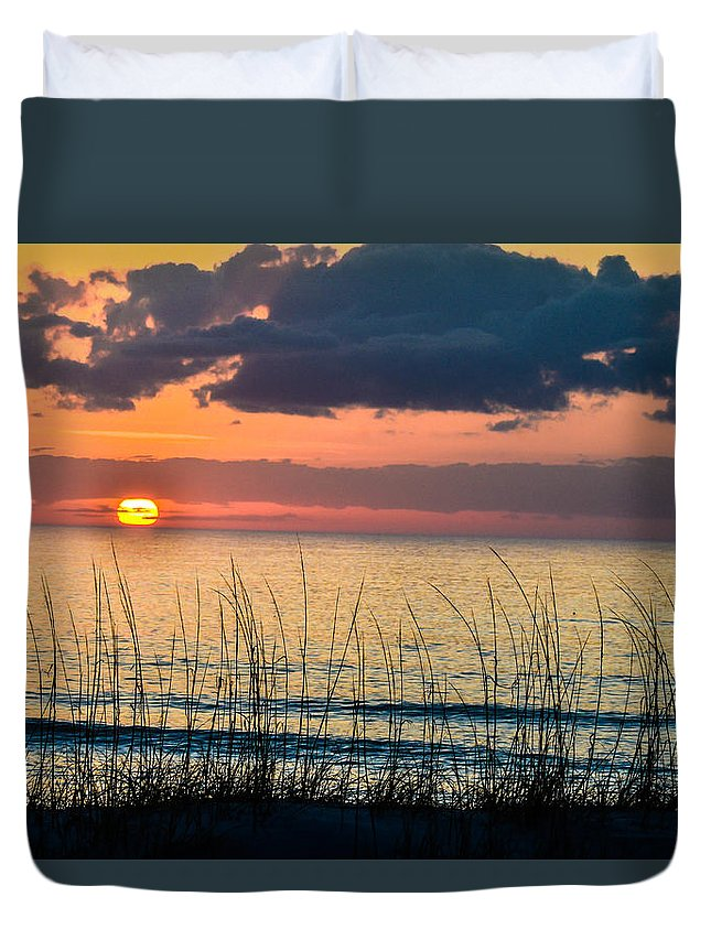 Beach Cottage Life Duvet Cover featuring the photograph Shore To Eternity by Mary Hahn Ward