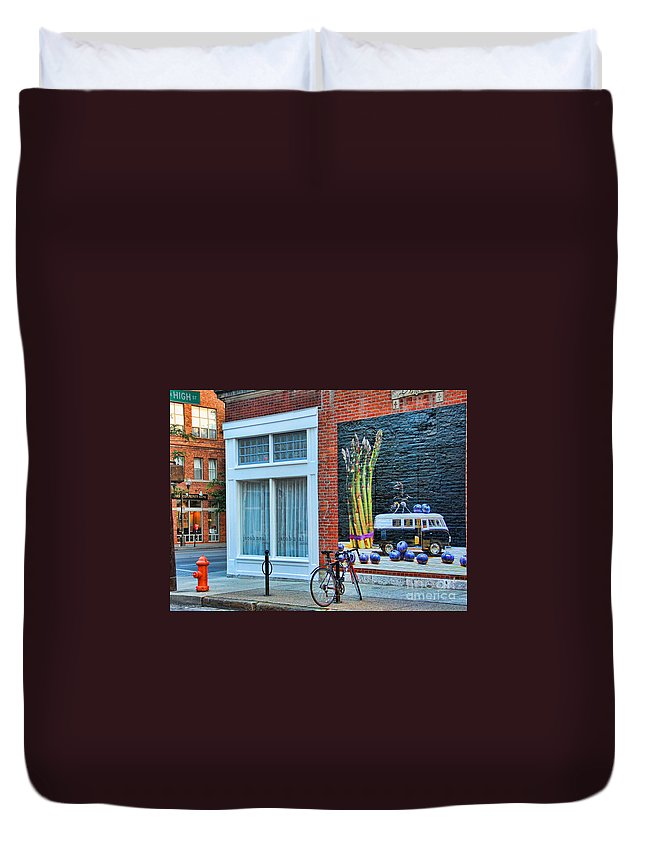 Short North Duvet Cover featuring the photograph Short North Columbus Artwork by Jack Schultz