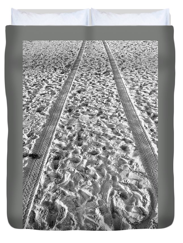 Beach Duvet Cover featuring the photograph Signs Of Life by Clifford Beck