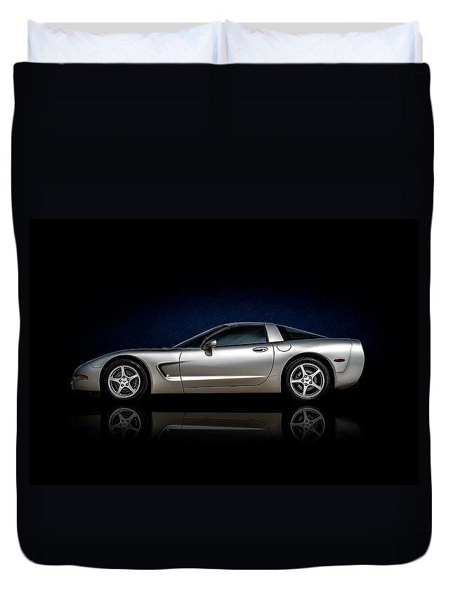 Corvette Duvet Cover featuring the digital art Silver C5 by Douglas Pittman