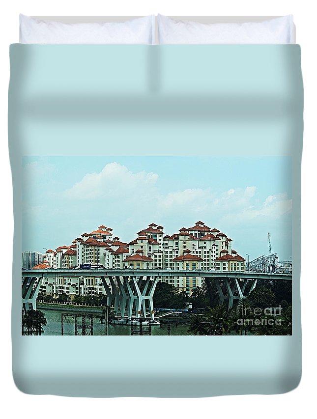 Singapore Duvet Cover featuring the photograph Singapore 11 by Ben Yassa