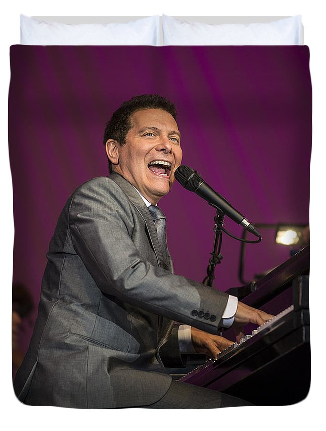 Michael Feinstein Duvet Cover featuring the photograph Singer Michael Feinstein Performing With The Pasadena Pops. by Jamie Pham