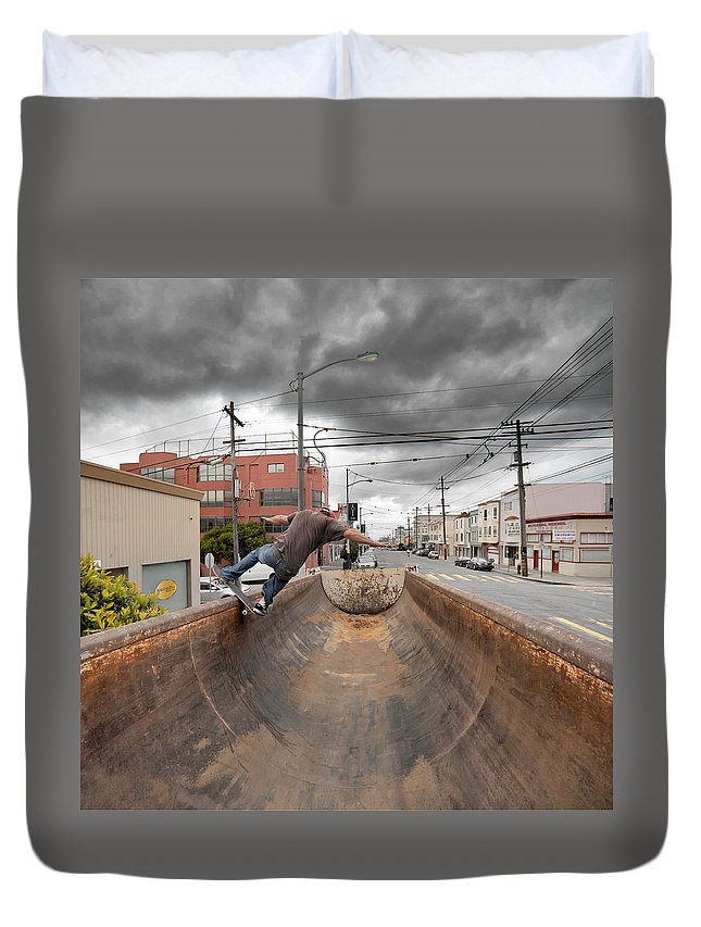Stormy Duvet Cover featuring the photograph Dump Truck Skateboarding In Balboa Street by Daniel Furon