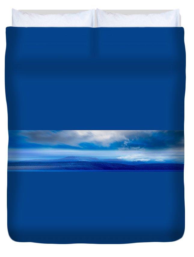 Sky Duvet Cover featuring the photograph Sky 010 by Agustin Uzarraga