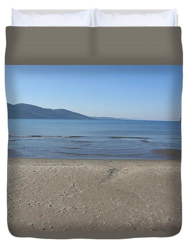 Beach Duvet Cover featuring the photograph Sky Sea Sand by Tracey Harrington-Simpson