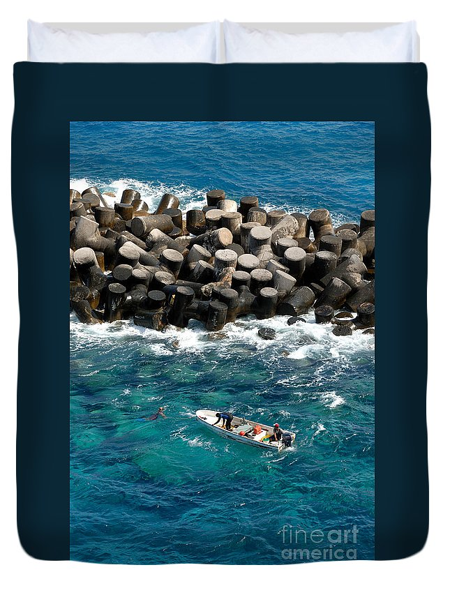 Aquamarine Duvet Cover featuring the photograph Small Boat Off Nassau Shore by Amy Cicconi