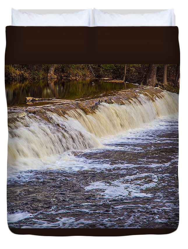 Water Duvet Cover featuring the photograph Small Water Fall by Melvin Busch