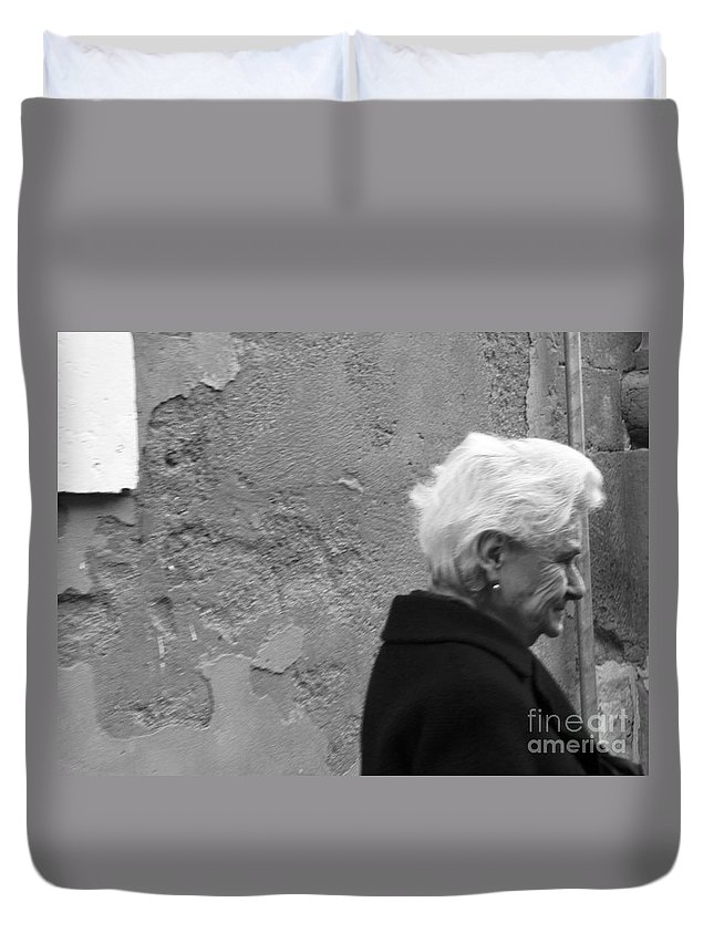 Sorriso Duvet Cover featuring the photograph Smile Does Not Age by Donato Iannuzzi