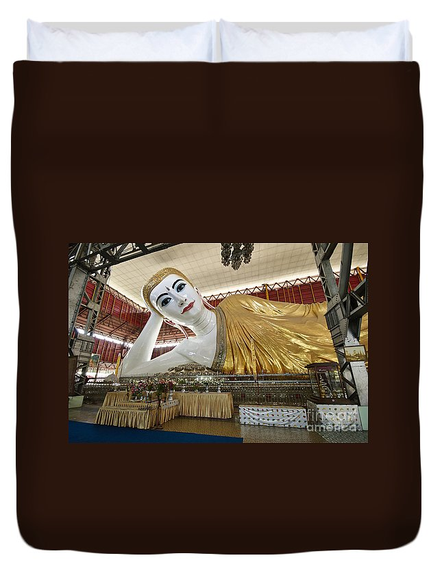 Myanmar Duvet Cover featuring the photograph Smiling Reclining Buddha In Yangon Myanmar by Juergen Ritterbach