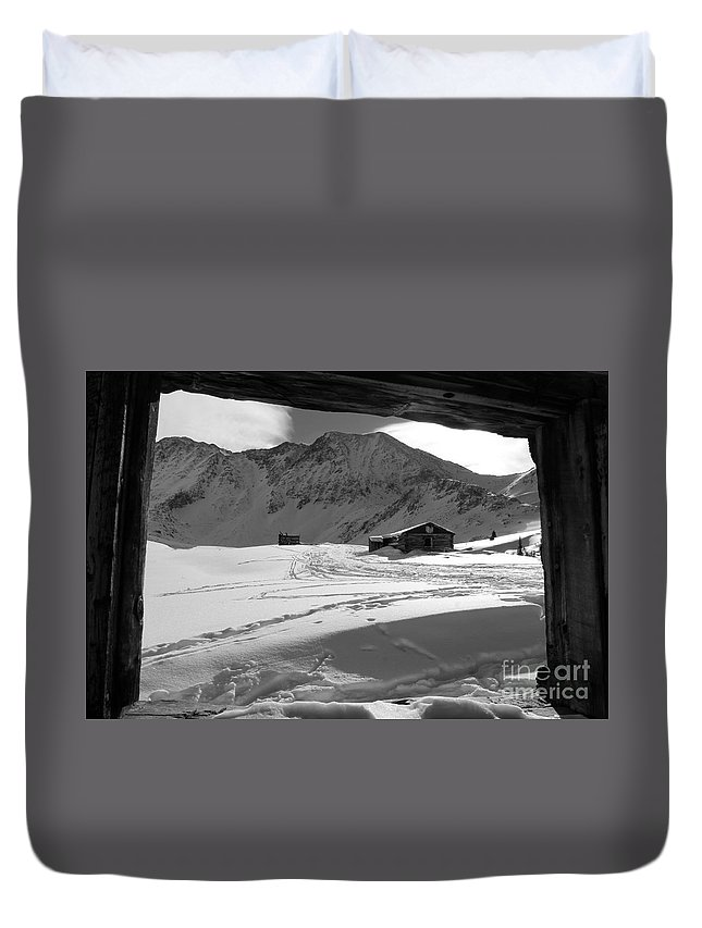 Nature Duvet Cover featuring the photograph Snowy Window View by Tonya Hance
