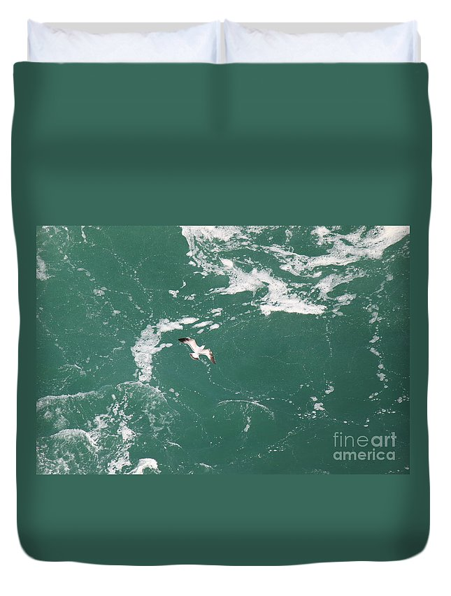 Seagulls Duvet Cover featuring the photograph Soaring Over The Falls Waters Too by Jennifer E Doll