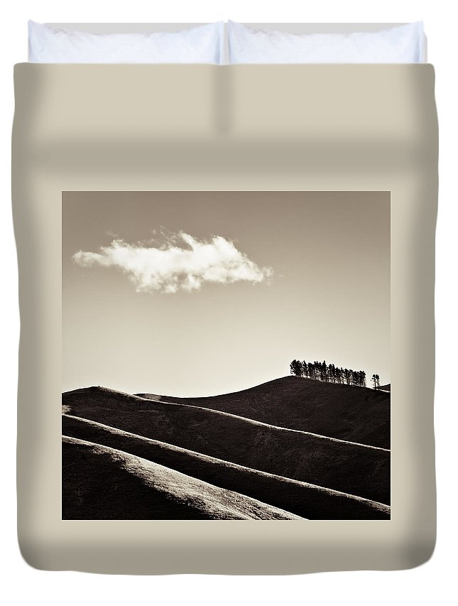 New Zealand Duvet Cover featuring the photograph Solitary Cloud by Dave Bowman