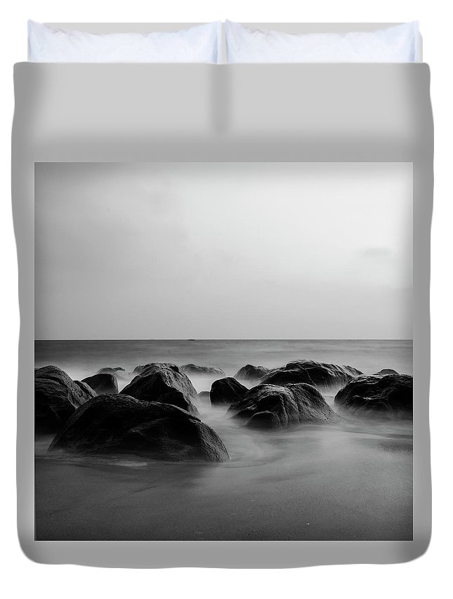 Scenics Duvet Cover featuring the photograph Song Of Nature by Madhusudanan Parthasarathy