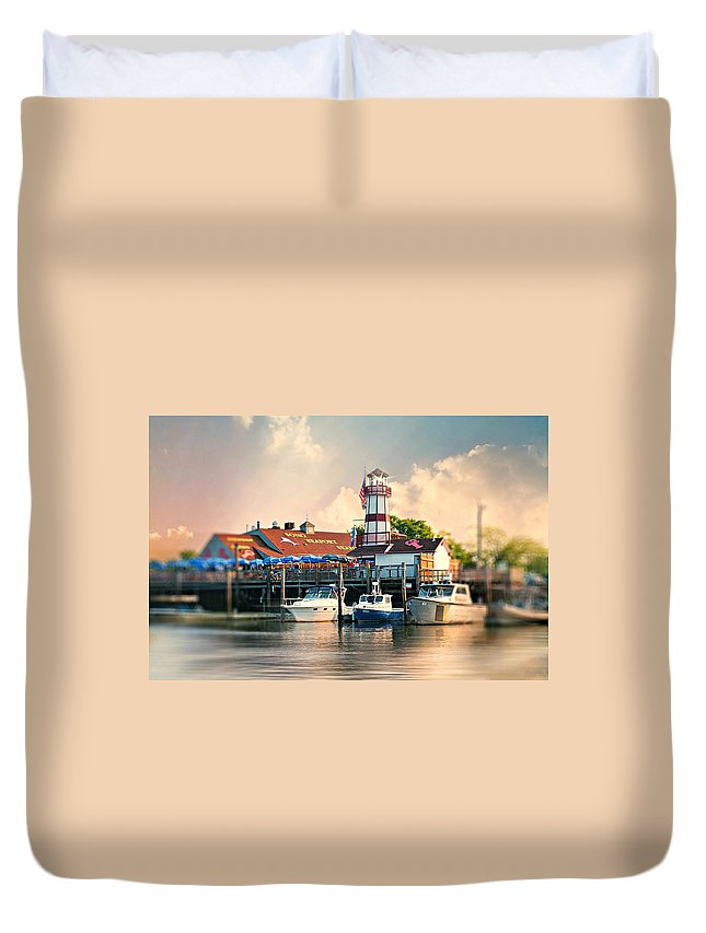 Landscape Duvet Cover featuring the photograph Sono Seaport Seafood by Diana Angstadt