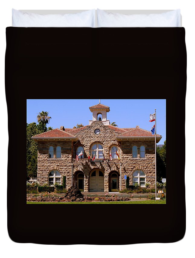 Sonoma Duvet Cover featuring the photograph Sonoma City Hall by Jeff Lowe