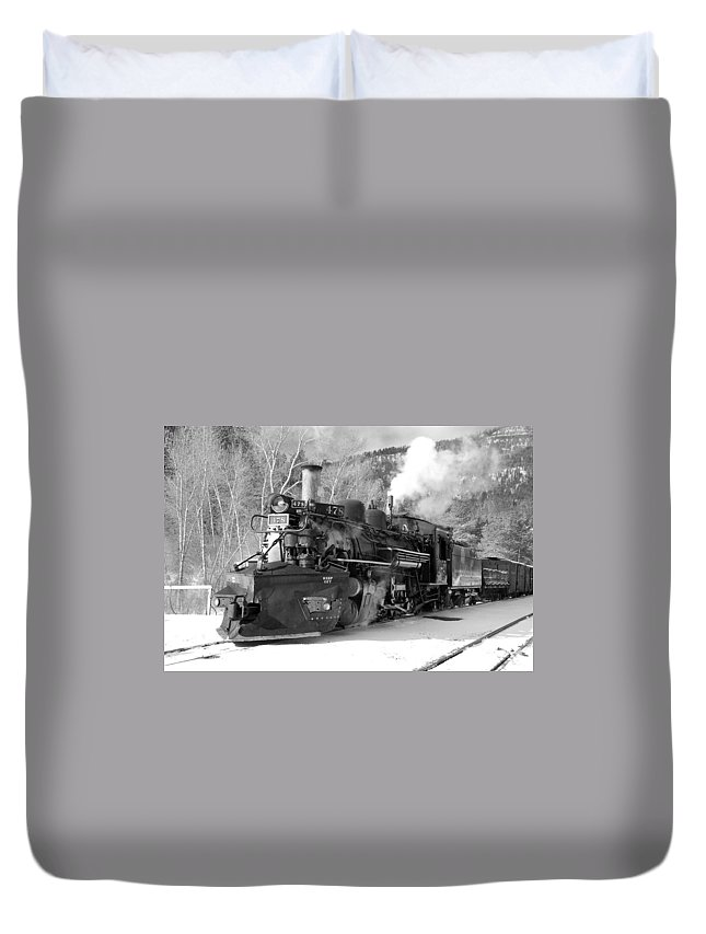 Steam Train Duvet Cover featuring the photograph Sothbound Through Rockwood Black And White by Ken Smith